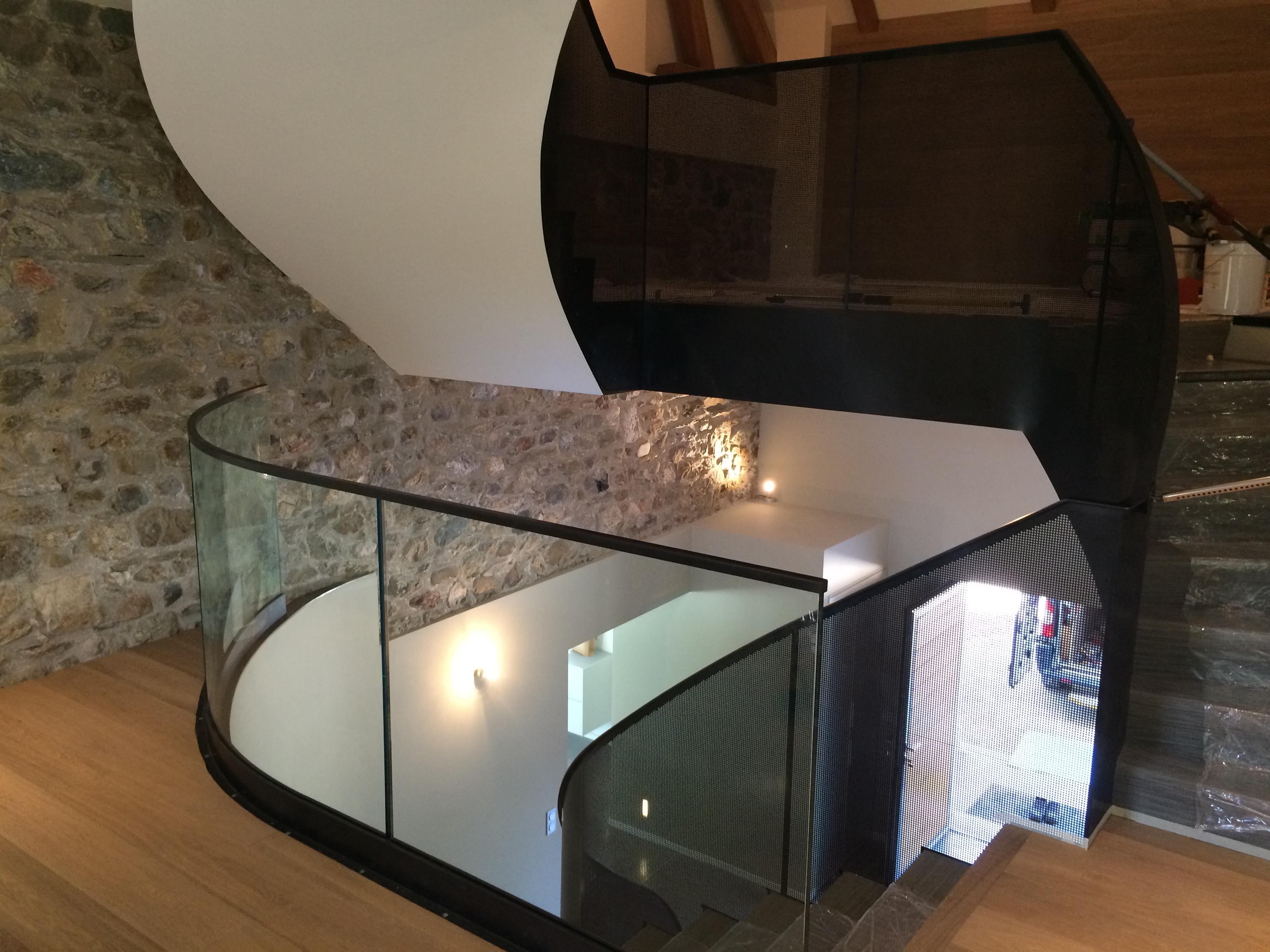 Fabricant rampe escalier en Haute Savoie | Rampe escalier en acier ...