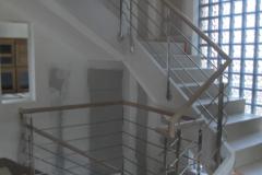 9 Inox et bois sur escalier béton